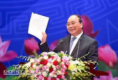 Thu tuong Nguyen Xuan Phuc: Tiep tuc cai thien moi truong kinh te, thuc day tinh than khoi nghiep - Anh 1