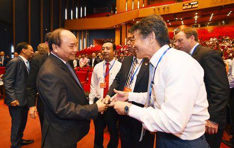Dua container tu Hai Phong ve HN dat gap 3 Han Quoc ve VN - Anh 2