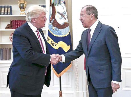 Tiet lo tin tinh bao cho Nga, ong Trump co pham toi? - Anh 1