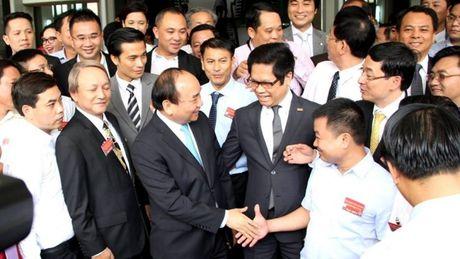 Bat dau 'Hoi nghi Dien Hong', Thu tuong doi thoai voi 2.000 doanh nghiep - Anh 1