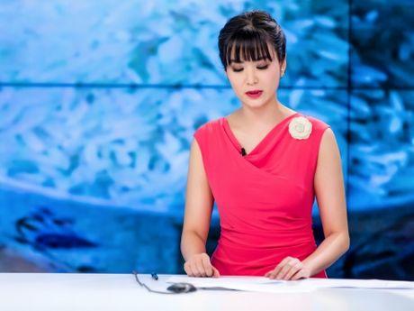 Hoa hau Thu Thuy: Trung nien... khoe dang nuot na - Anh 1