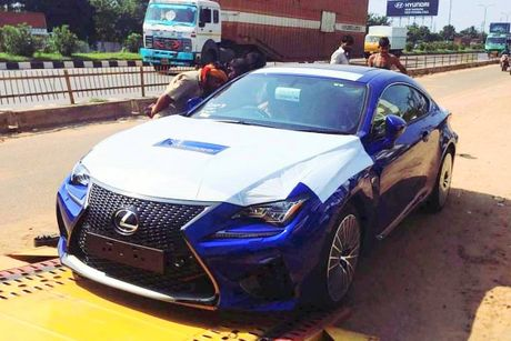 Lexus RC-F coupe tai An Do gia tu 6,9 ty dong - Anh 2