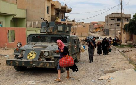 Cuoc chien chong IS tai Mosul (Iraq) dang o hoi ket - Anh 1