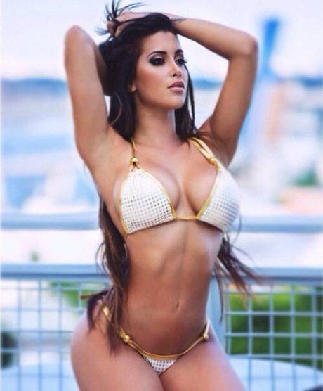 Claudia Sampedro: WAGs bau duc than tuong Joel Campbell - Anh 9