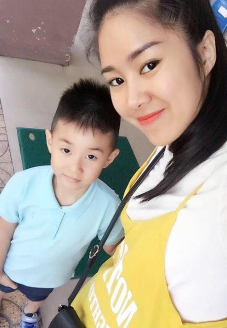 Angela Phuong Trinh goi cam voi phong cach sexy noi loan, Ha Vi tuoi tan voi sac hong cam - Anh 9