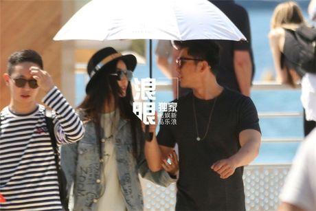 'Bo be' Cannes, Pham Bang Bang vo tu hen ho cung Ly Than giua troi Tay - Anh 13