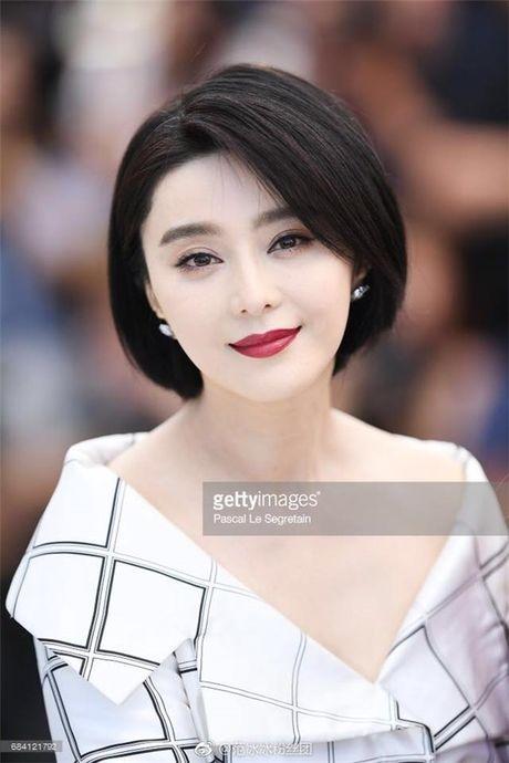 'Bo be' Cannes, Pham Bang Bang vo tu hen ho cung Ly Than giua troi Tay - Anh 1