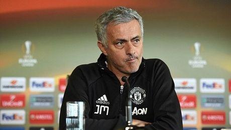 Tin bong da toi 19/5: Mourinho to ra nguy hiem truoc chung ket - Anh 1