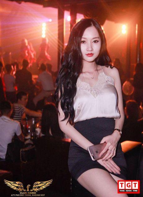 Hot girl xinh dep nhu cong chua, buon quan ao kiem tram trieu/thang - Anh 7