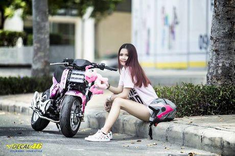 Nu biker Viet cuc cool ben Honda MSX125 hang khung - Anh 2
