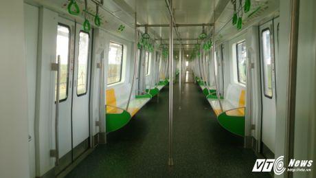 Dan Thu do tan mat kham pha ga duong sat tren cao Cat Linh-Ha Dong - Anh 4