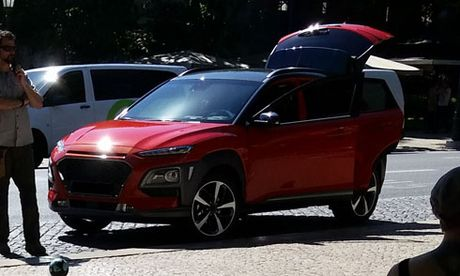 Xuat hien mau xe Huyndai moi, doi thu cua Mazda CX-3 - Anh 1