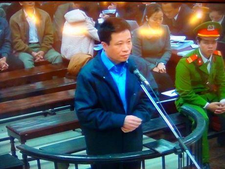 Ha Van Tham, Nguyen Xuan Son bi khoi to them toi tham o - Anh 2