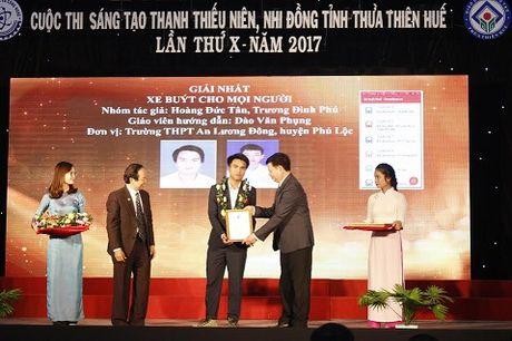 Thua Thien Hue: Trao 48 de tai Sang tao thanh thieu nien, nhi dong nam 2017 - Anh 2