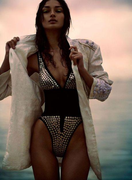 Khong phai la bikini, day moi la kieu ao tam hot nhat he nay - Anh 7