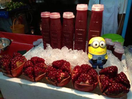 Co gai dua Minion di an ngon, choi vui khap Bangkok - Anh 7