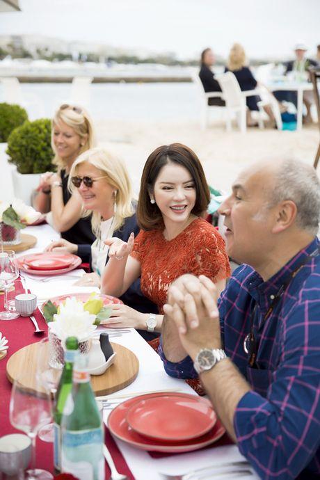 Ly Nha Ky khoe nhan sac tre trung khi mo tiec VIP dai nhieu nhan nhat quyen luc tai Cannes - Anh 11
