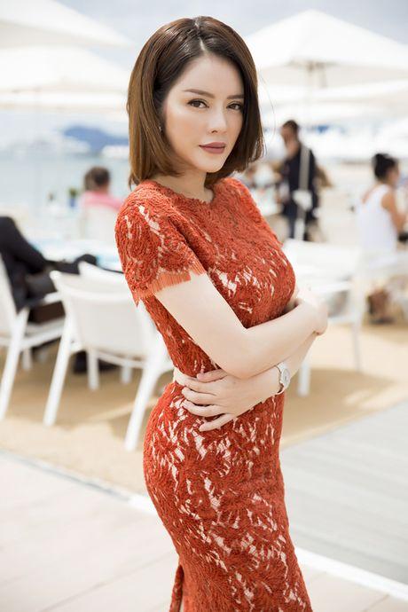 Ly Nha Ky khoe nhan sac tre trung khi mo tiec VIP dai nhieu nhan nhat quyen luc tai Cannes - Anh 2