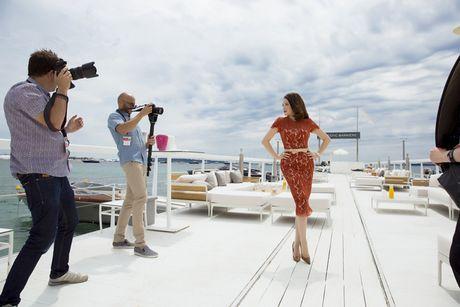 Ly Nha Ky khoe nhan sac tre trung khi mo tiec VIP dai nhieu nhan nhat quyen luc tai Cannes - Anh 5