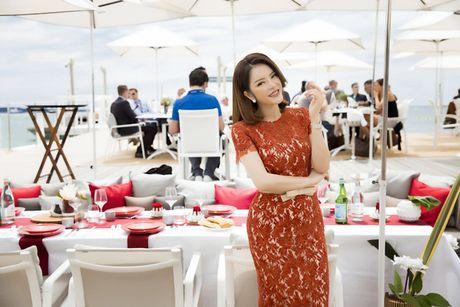 Ly Nha Ky khoe nhan sac tre trung khi mo tiec VIP dai nhieu nhan nhat quyen luc tai Cannes - Anh 7