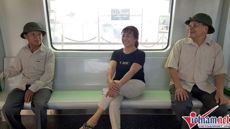 Nhieu bat tien o tuyen duong sat tren cao Cat Linh-Ha Dong - Anh 13