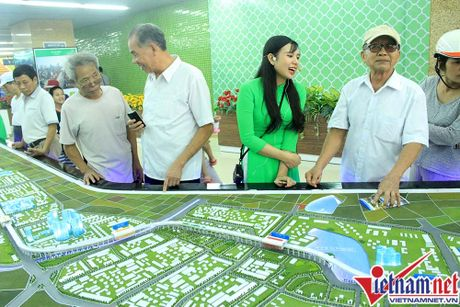 Nhieu bat tien o tuyen duong sat tren cao Cat Linh-Ha Dong - Anh 17