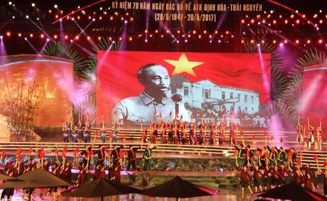 Ky niem 70 nam Bac Ho ve ATK Dinh Hoa lanh dao khang chien - Anh 1