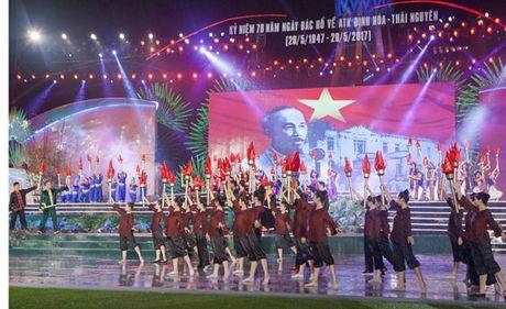 Ky niem 70 nam Bac Ho ve ATK Dinh Hoa lanh dao khang chien - Anh 3
