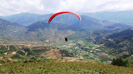Man du luon dep nhu tranh tren diem bay Khau Pha - Anh 15