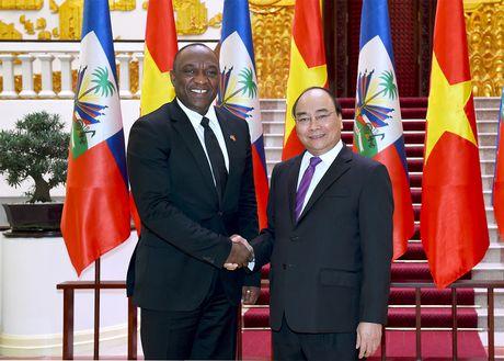 Thu tuong Nguyen Xuan Phuc tiep Chu tich Thuong vien Haiti - Anh 1