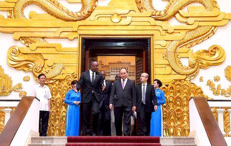 Thu tuong Nguyen Xuan Phuc tiep Chu tich Thuong vien Haiti - Anh 2