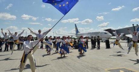 Hy Lap, Y muon ra EU: Loi nguoi di truoc cho Ukraine - Anh 2
