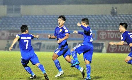Quang Nam FC 3-0 XSKT Can Tho: Nhe nhang di tiep - Anh 1