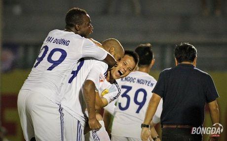 Diem tin bong da Viet Nam toi 20/06: Sao U20 Viet Nam chia tay V-League som - Anh 2
