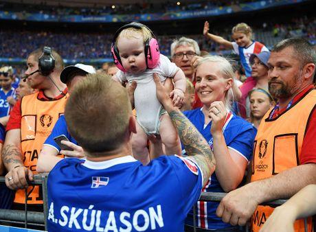 Doi hinh Iceland gay soc o EURO 2016 nay o dau? - Anh 5