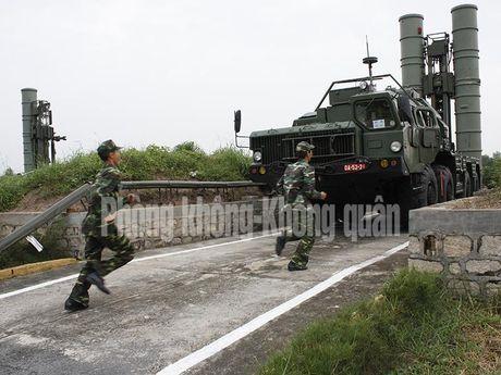 Gioi: Viet Nam tu nang cap 12 to hop ten lua phong khong - Anh 11
