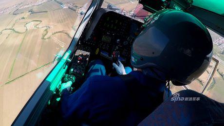 Nhung diem khien WZ-10 cua Trung Quoc 'an dut' Apache My - Anh 3