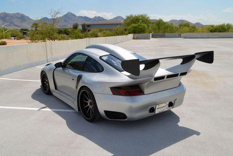 Sieu xe Porsche 911 GT2 do 'sieu khung' gia 6,8 ty - Anh 9