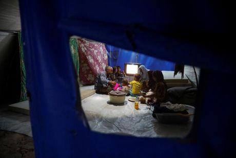 Can canh bua an cua nguoi dan Syria-Iraq trong thang Ramadan - Anh 2