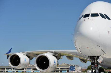 'Mo xe' may bay lon nhat the gioi Airbus vua ra mat - Anh 10