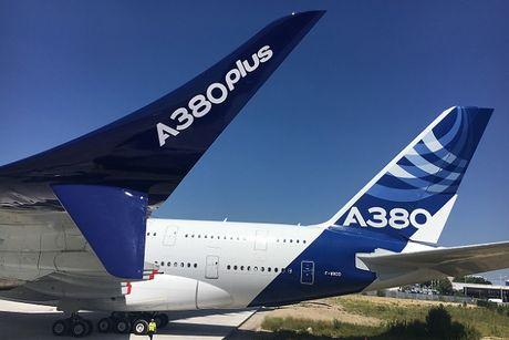 'Mo xe' may bay lon nhat the gioi Airbus vua ra mat - Anh 5