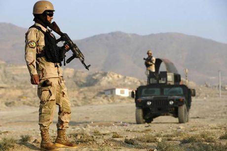 8 linh gac Afghanistan bi giet tai can cu lon nhat cua My - Anh 1