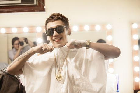 Tronie: 'Toi duoc truyen cam hung am nhac boi G-Dragon' - Anh 3
