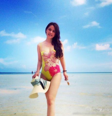 Du o do tuoi U40, 'Co gai giang ho' Lieu Hong trong 'Hoan Chau Cach Cach' van so huu than hinh boc lua - Anh 10