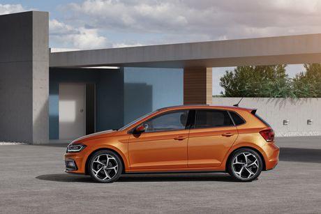 Volkwagen Polo 2018 trinh lang voi muc gia tu 14.290 USD - Anh 3
