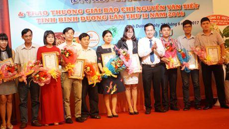 Trao giai thuong bao chi Nguyen Van Tiet lan thu II - Anh 2