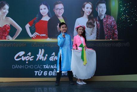 """Cam Ly khong khoe, Minh Tuyet bat ngo ngoi """"ghe nong"""" thay chi gai - Anh 13"""