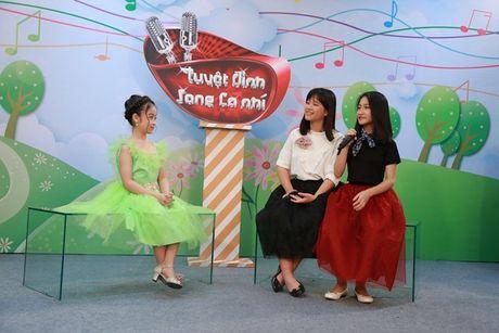 """Cam Ly khong khoe, Minh Tuyet bat ngo ngoi """"ghe nong"""" thay chi gai - Anh 15"""