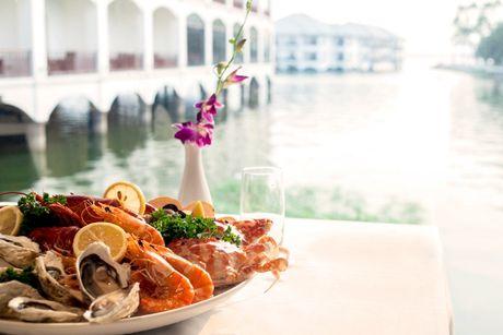 Kham pha am thuc Dia Trung Hai tai InterContinental Hanoi Westlake - Anh 3