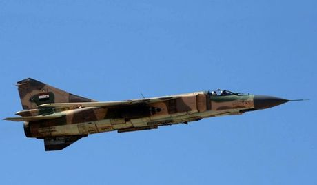 May bay Su-22 cua Syria bi My ban ha nhu the nao? - Anh 1